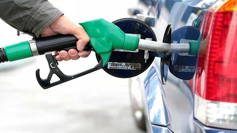 عضو في الطاقة النيابية يدعو خلايا أزمة كورونا في المحافظات لفتح محطات الوقود بشكل مدروس وعدم التسبب بازمة وقود