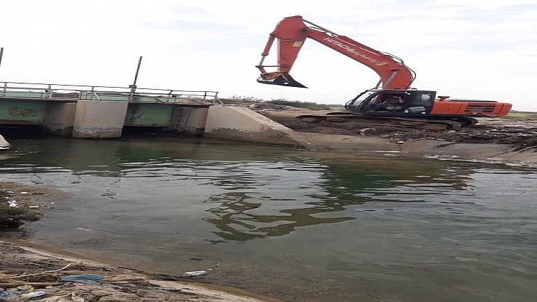 الموارد المائية: نعمل على تطهير وتنظيف الانهر في ذي قار رغم حظر التجوال بسبب كورونا