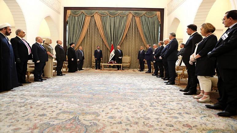 """زعيم """"صادقون"""" يبارك تكليف الكاظمي: قررنا التماشي مع الوضع الموجود"""