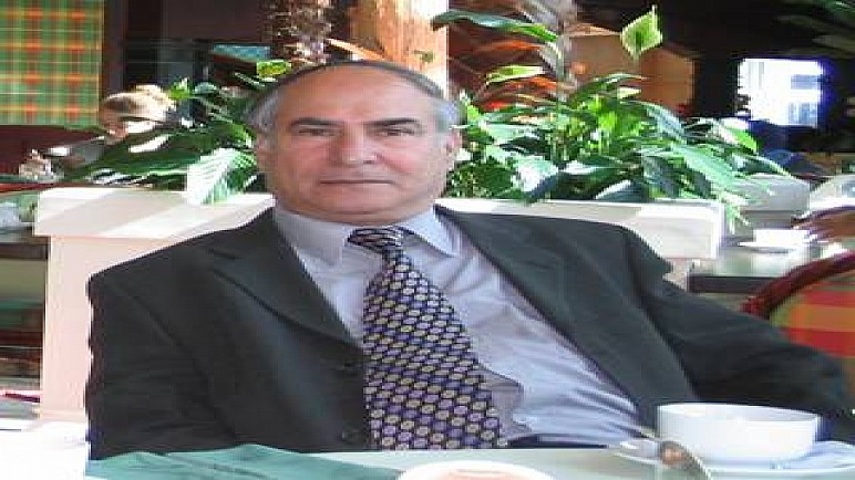 توقع موته بالفيروس.. كورونا يُفجع الثقافة العراقية