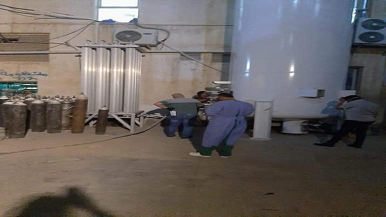 بالصور.. المباشرة بضخ الاوكسجين في المنظومة الطبية لمشفى الحسين التعليمي بالناصرية