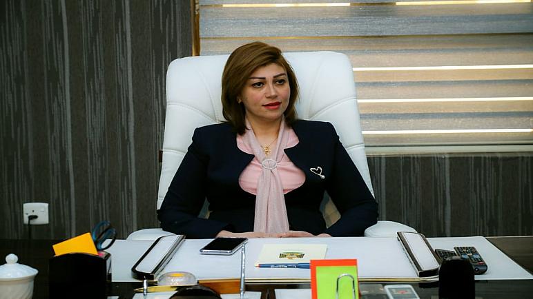وزيرة الهجرة تعد النازحين بصرف المنح المالية فور وصول التخصيصات
