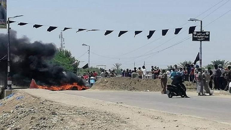 بالفيديو : محتجون يقطعون طريق الناصرية الشمالي بالإطارات المحترقة