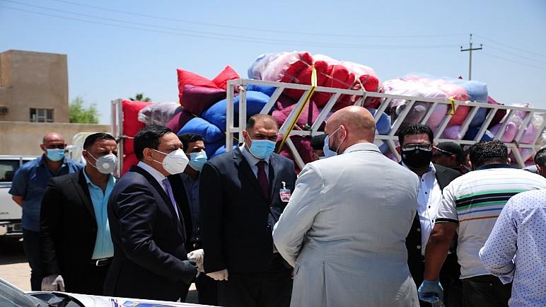 بالصور …وصول مساعدات طبية مقدمة الامانة العامة لمجلس الوزراء الى محافظة ذي قار