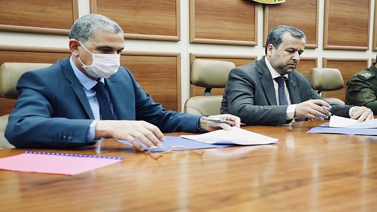 الداخلية ومفوضية الانتخابات توقعان اتفاقاً بشأن الاستحقاق الانتخابي القادم