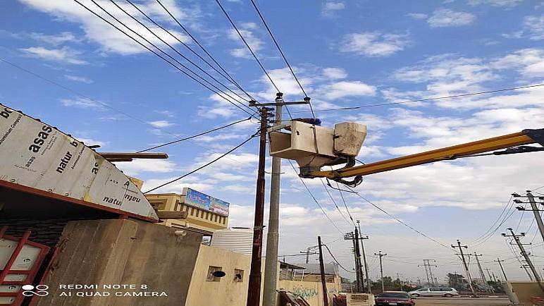 كهرباء ذي قار ترفع اكثر من 400 حالة تجاوز على الشبكة خلال اسبوع
